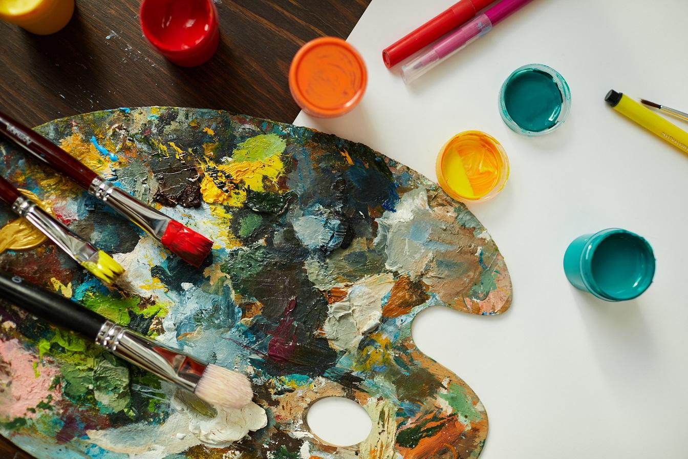 Avow Kids Art Group